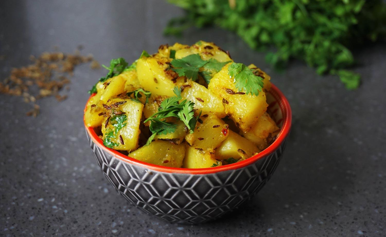 Jeera Aloo – Indiase gebakken aardappeltjes